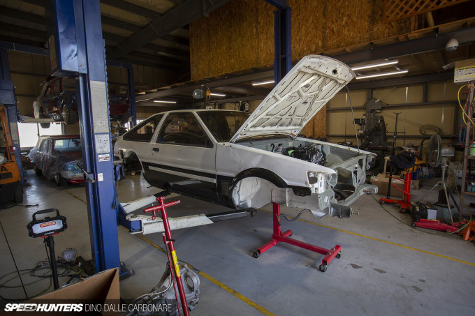 daddy_motor_works_g16e_ae86_dino_dalle_carbonare_09