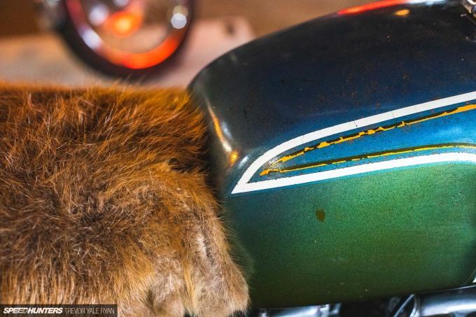 2021-1Moto-Seats-Tanks-Art_Trevor-Ryan-Speedhunters_004_8012