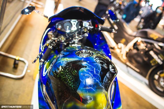 2021-1Moto-Seats-Tanks-Art_Trevor-Ryan-Speedhunters_026_2288