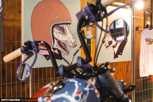 2021-1Moto-Seats-Tanks-Art_Trevor-Ryan-Speedhunters_061_8100