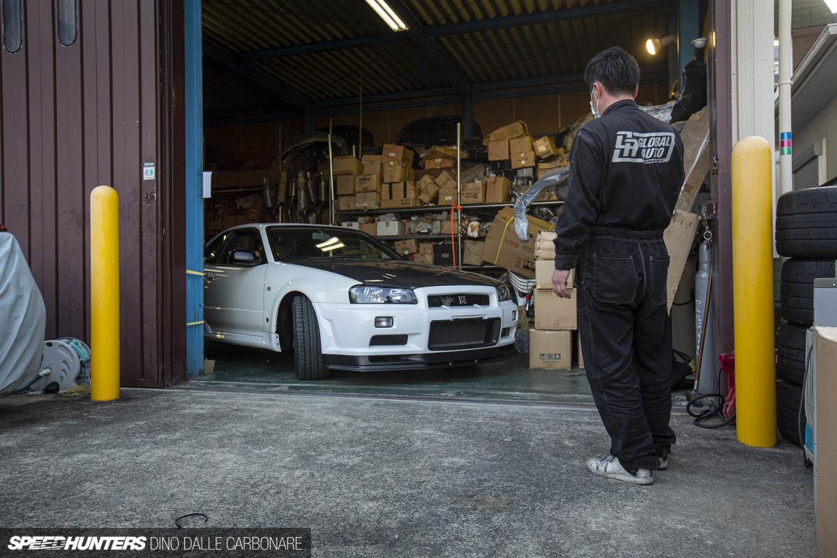 Inside Global Auto's Secret Skyline GT-RStash