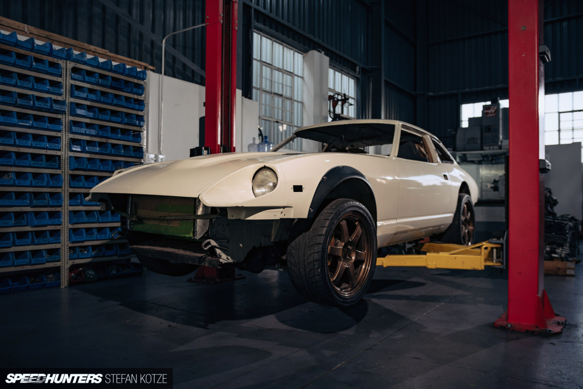 RB30/26, DCT & AWD: One Man's Ultimate 280ZXBuild