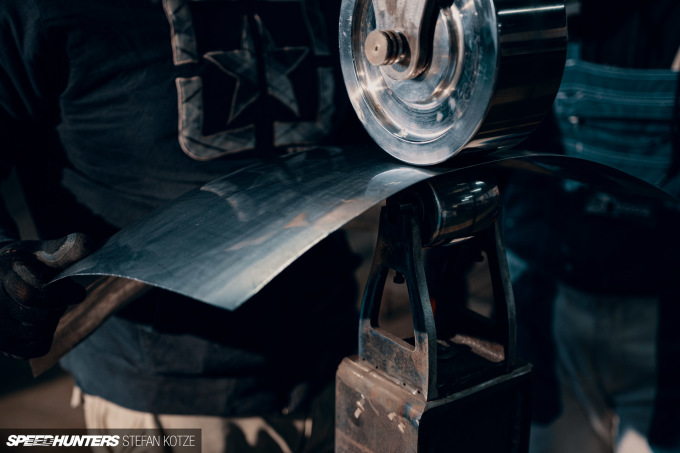 stefan-kotze-speedhunters-english-wheel-fabrication  (17)