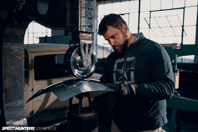 stefan-kotze-speedhunters-english-wheel-fabrication  (40)