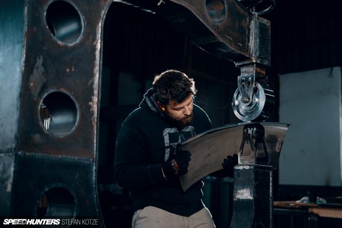 stefan-kotze-speedhunters-english-wheel-fabrication  (56)
