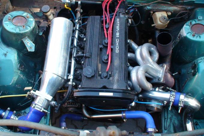 Aug 2010 - 4cyl Mazda FE Turbo setup - Toe ek die kar net van Dirk Lourens af terug gekry het
