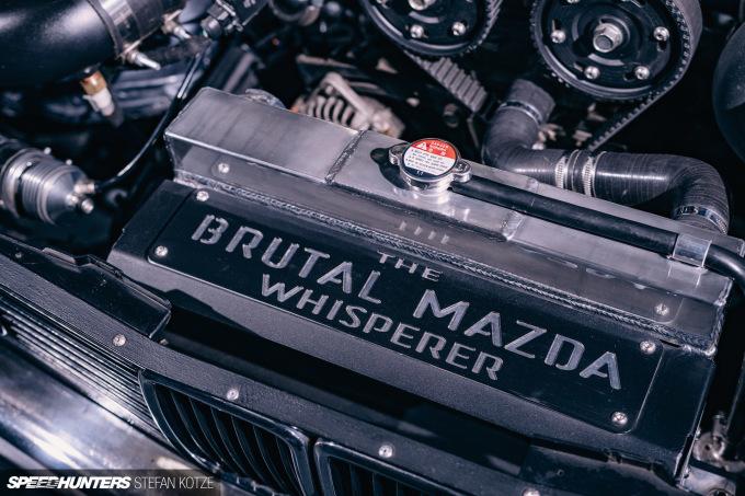 stefan-kotze-mazda-powered-bmw-e30-speedhunters (12)