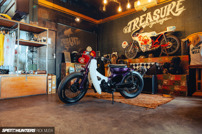 Speedhunters_Treasure_Garage_Bali_ARD_1103