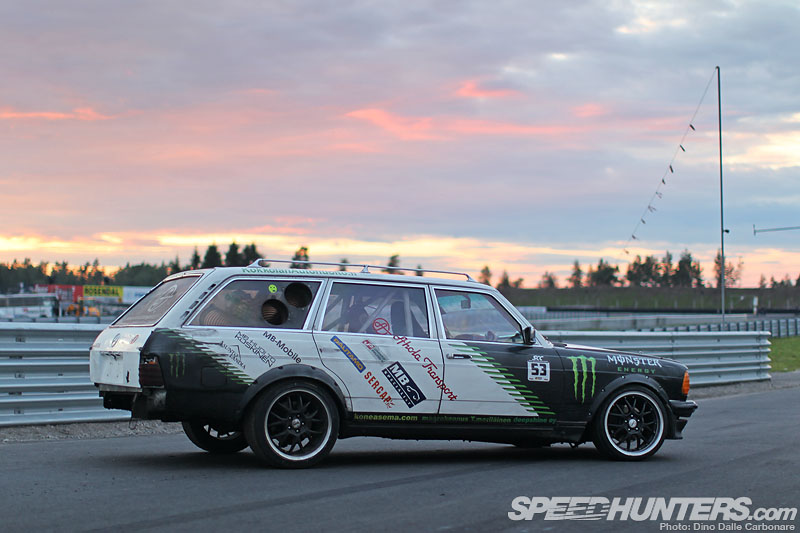 Diesel Fury The Black Smoke 300td Wagon Speedhunters