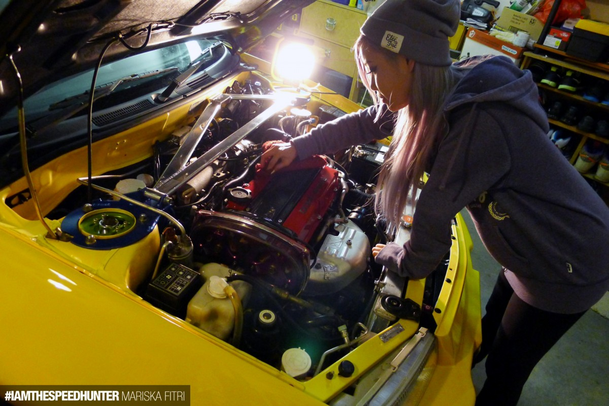 Banishing The Female Car Enthusiast Speedhunters 1961 Ford Falcon Girls Of Sema 2014 High Horsepower