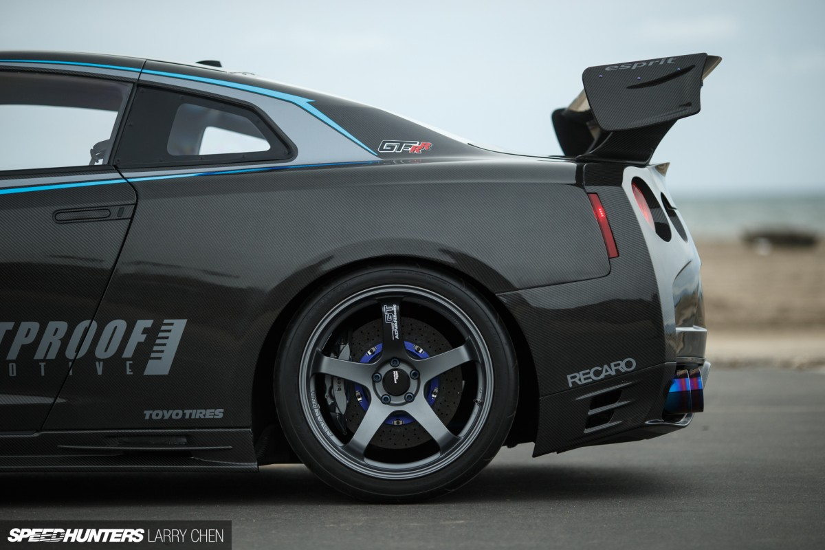 Larry_Chen_Bulletproof_Carbon_GTR-21
