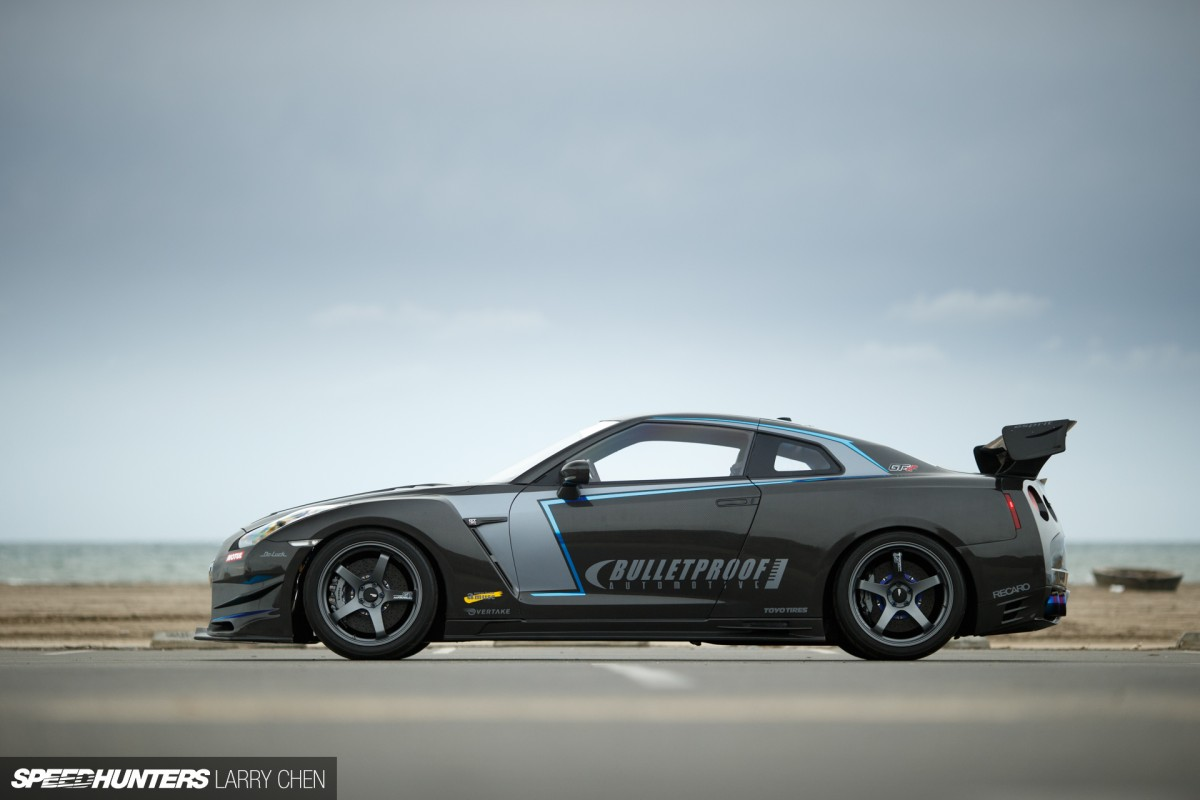Larry_Chen_Bulletproof_Carbon_GTR-3