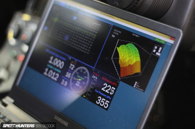 Knowledge Boost: Re-flashing Vs  Standalone ECUs - Speedhunters