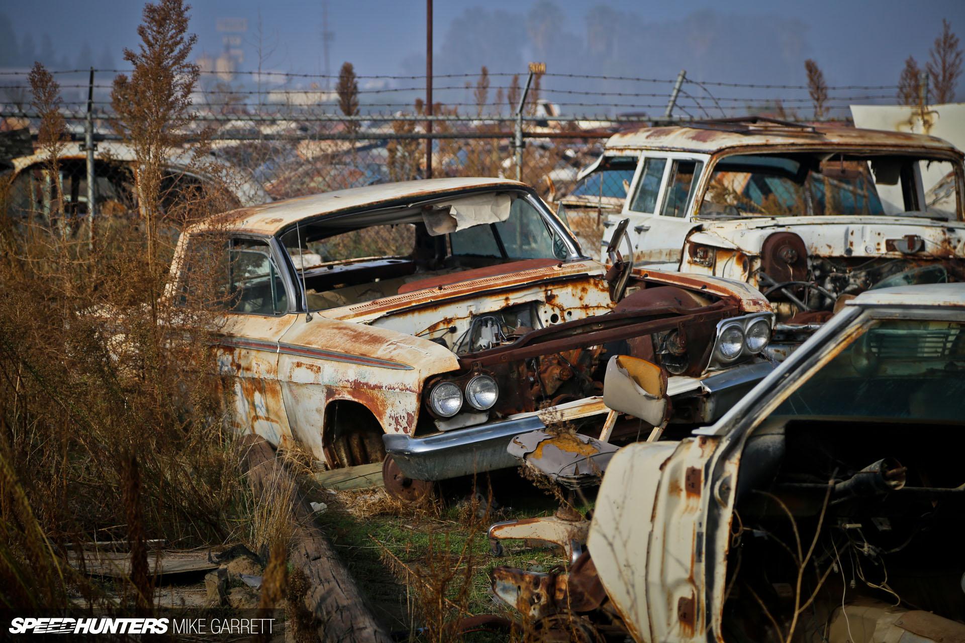 ABANDONED JUNKYARD 30's 40's 50's 60's CARS - YouTube  |Junk Yard