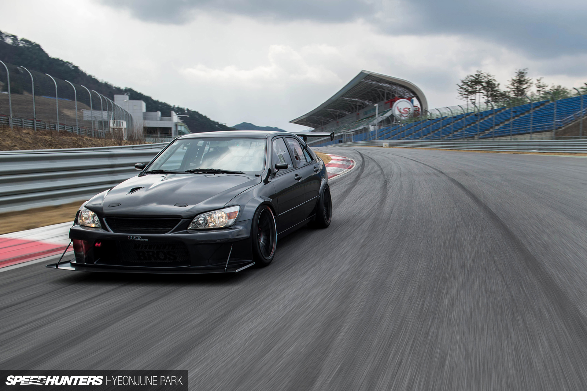 Jdm In Korea The Motorklasse Lexus Is200 Speedhunters
