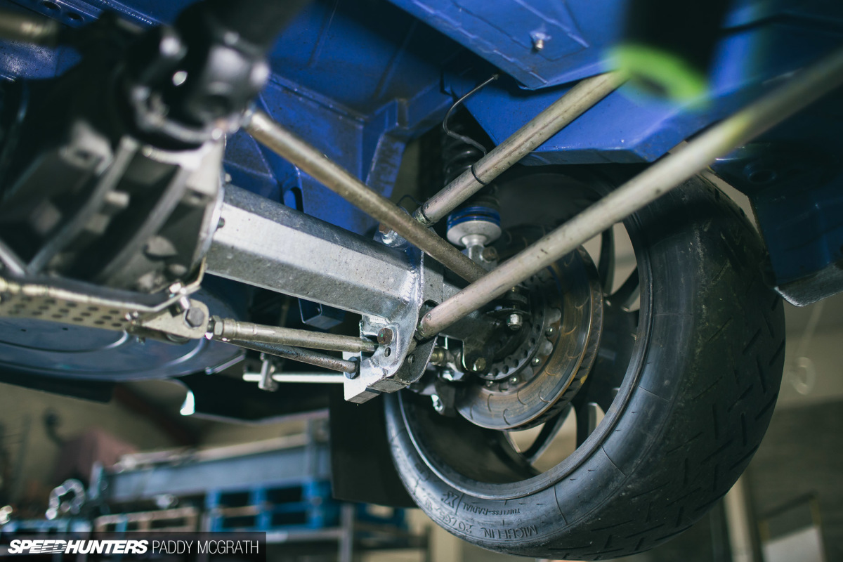 Car Rear Suspension Travel