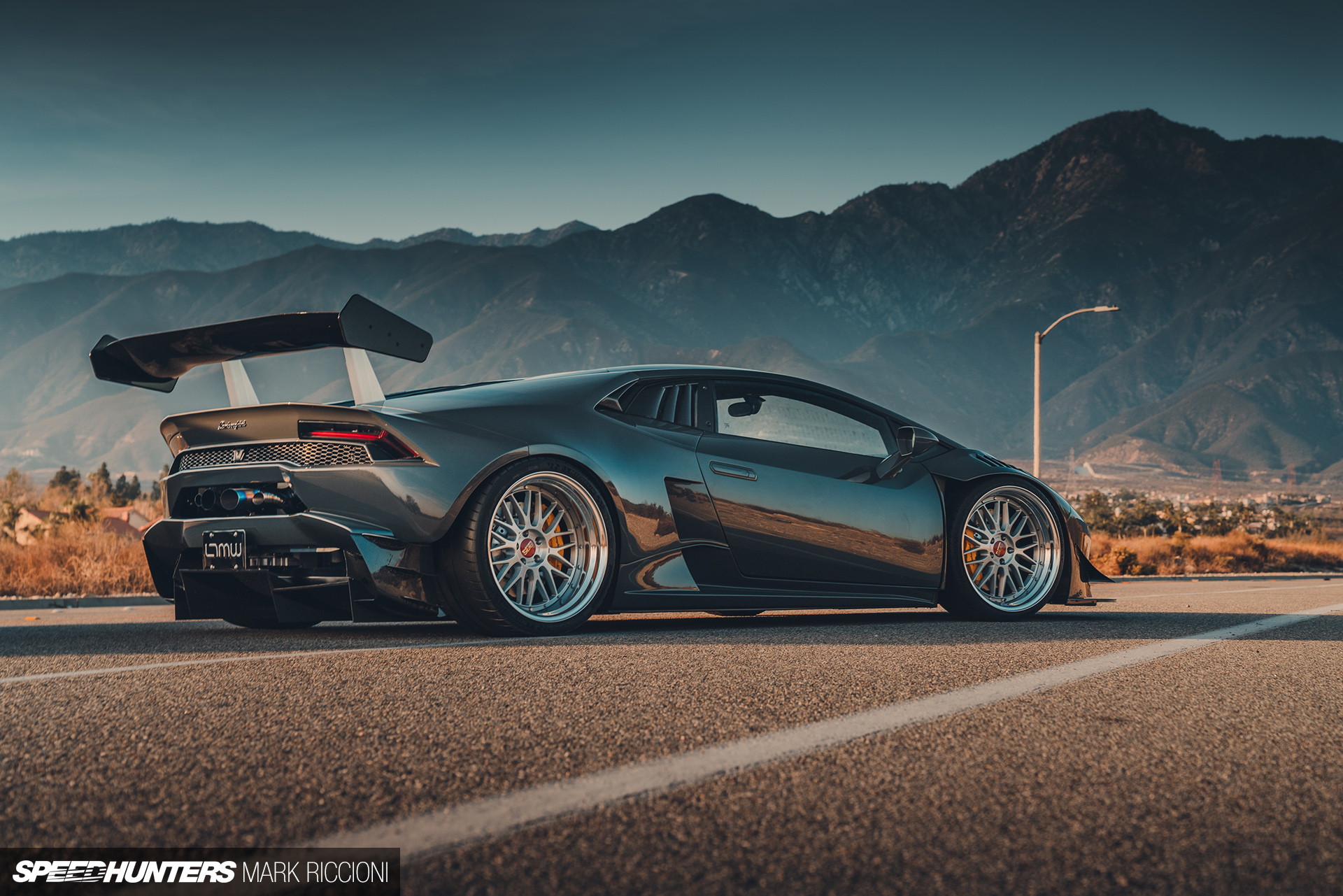 Chasing Extreme Dreams In A Twin Turbo Hurac 225 N Speedhunters