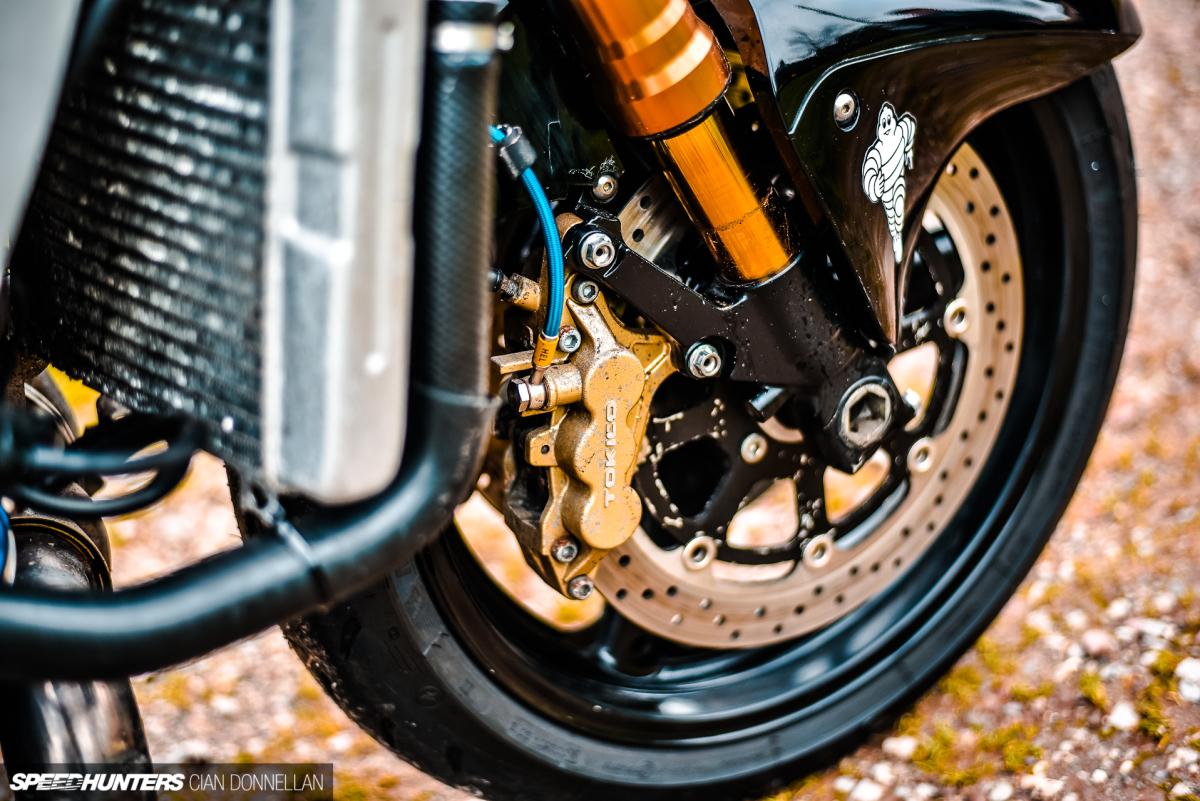 [Imagem: Worlds_Fastest_Wheelie_Hayabusa_Ted_Brad...00x801.jpg]